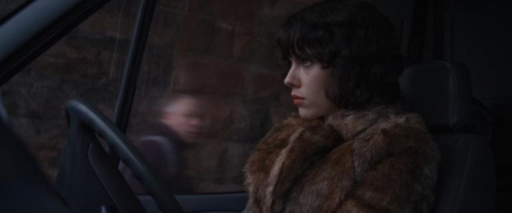 07-undertheskin
