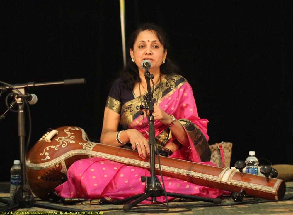 Manjiri Vaishampayan (vocals)